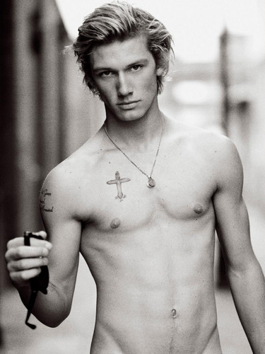 Alex Pettyfer wallpaper possibly with a pezzo, hunk entitled i loove this pic.