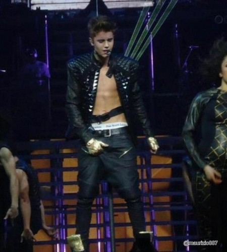 justin bieber,  performing shirtless in Winnipeg, 2012