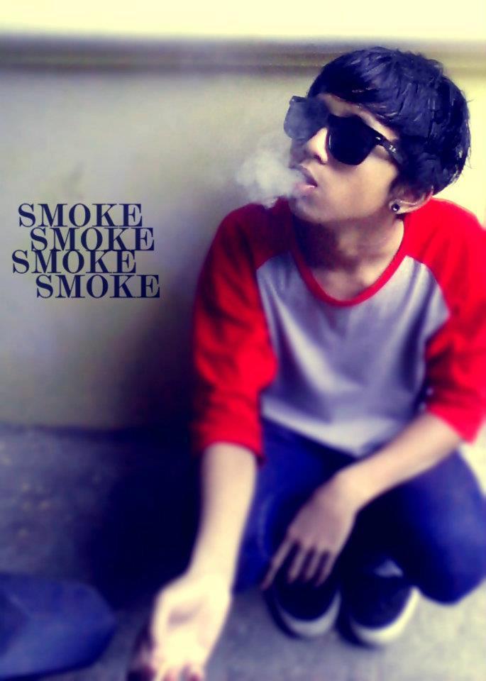 Smoke Emo Photo 32513585 Fanpop