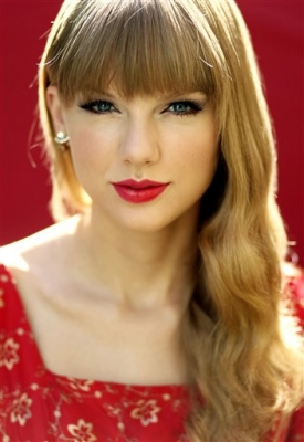 Taylor Swifts  Song on Taylor Swift New Photoshoot  18 October 2012   Taylor Swift Photo
