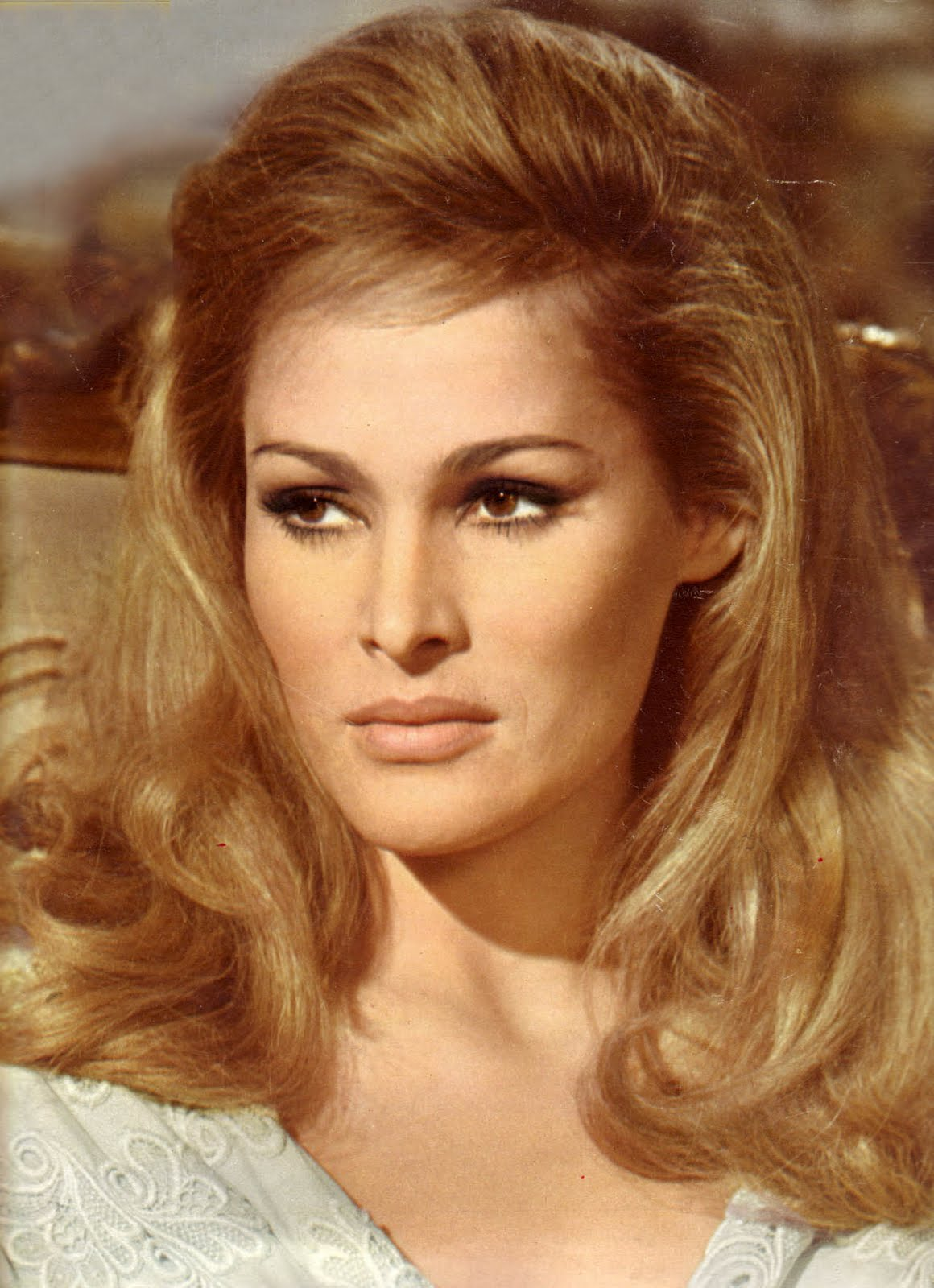 Ursula Andress Images Ursula Andress Hd Wallpaper And