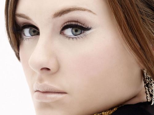 Adele Hintergrund containing a portrait entitled <3
