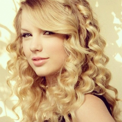 Taylor Swift images <3 wallpaper and background photos