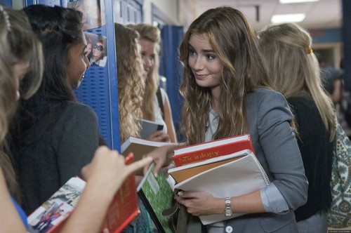 Lily Collins fond d'écran possibly with a sign titled 'Abduction' new stills