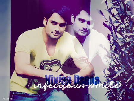 Vivian Dsena karatasi la kupamba ukuta probably with a sign titled ღ Vivian Dsena