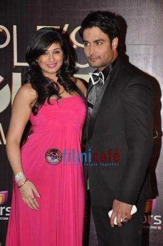 ‎Vivian Dsena with vahbbiz @Peoples Choice award Function