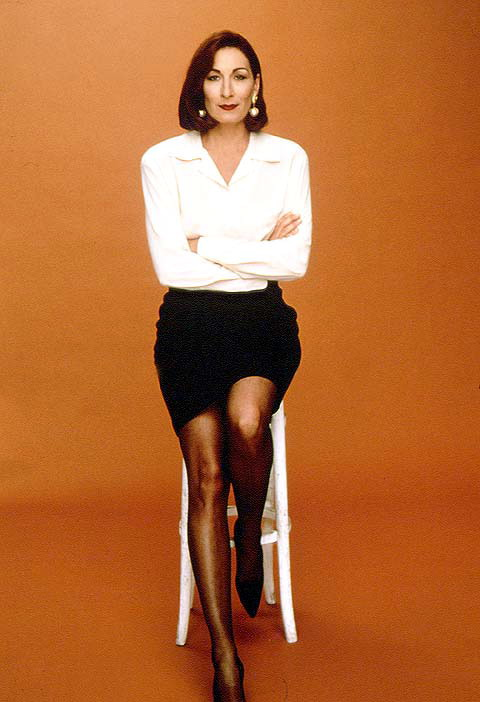 Showing results 1 - 10 out of 3,210 for anjelica huston legs Jacknicholson