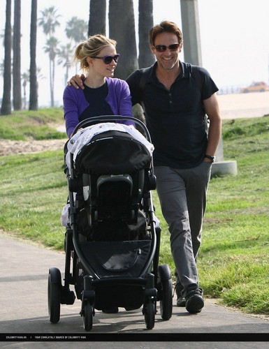 Anna Paquin & Stephen Moyer with their twins! LOVELY