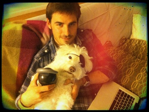 Colin O'Donoghue wallpaper entitled Colin and his dog