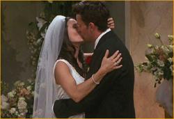 Courteney Cox as Monica Geller in mga kaibigan
