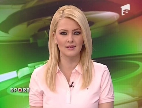 Cristina Dochianu romanian girls TV news women