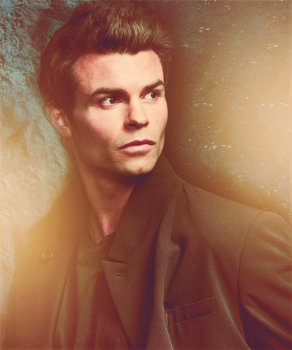 Daniel Gillies wallpaper possibly containing a well dressed person and a portrait titled Daniel Fan Art