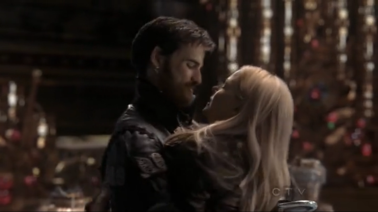 Once upon a time captain hook and emma kiss