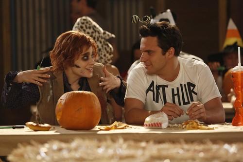"Episode 2x06 - ""Halloween"" - Promotional Pics"