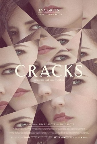 "Eva in ""Cracks"""