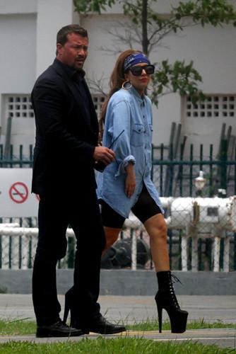 Gaga arriving in Rio de Janeiro