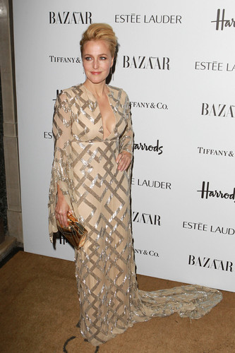 Harper's Bazaar Woman of the год Awards at Claridge's Hotel in Лондон