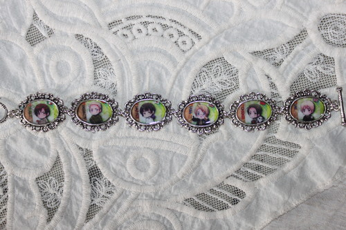 Hetalia - choose your own characters custom bracelet
