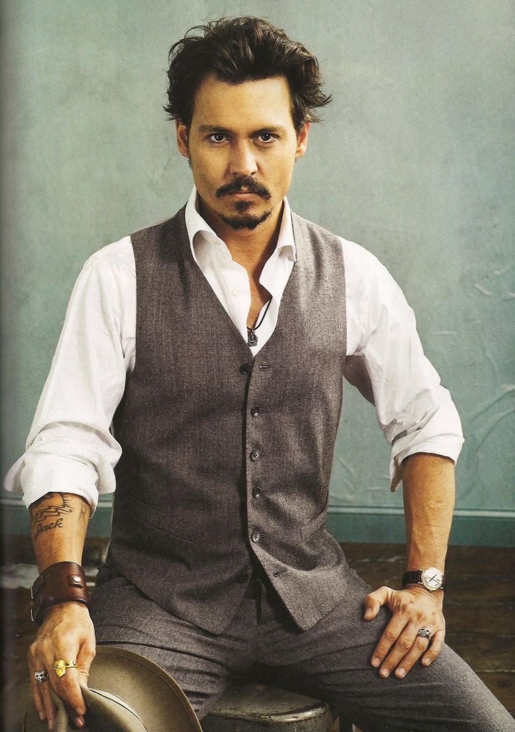 Johnny Depp - Johnny Depp Photo (32658801) - Fanpop Johnny Depp/newspaper Articles