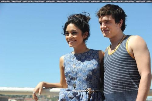 Josh and Vanessa//Bondi de praia, praia