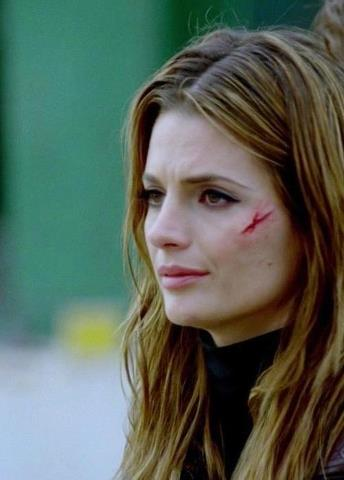 Kate Beckett karatasi la kupamba ukuta containing a portrait titled Katherine Beckett