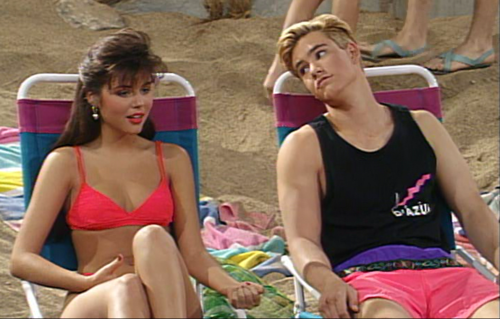Zack & Kelly wallpaper probably containing a bikini entitled Kelly and Zack Morris
