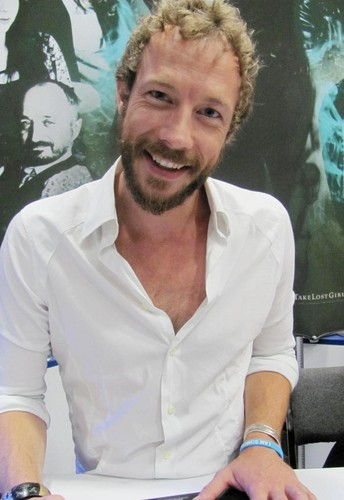 Lost Girl wallpaper called Kris Holden-Ried