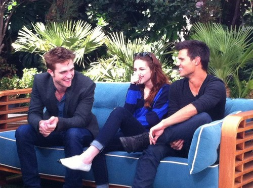 "Kristen during a press junket with ET for ""The Twilight Saga: Breaking Dawn, Part 2""."