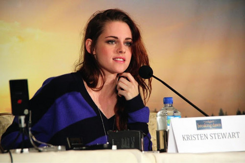 Kristen L.A. BD 2 press junket