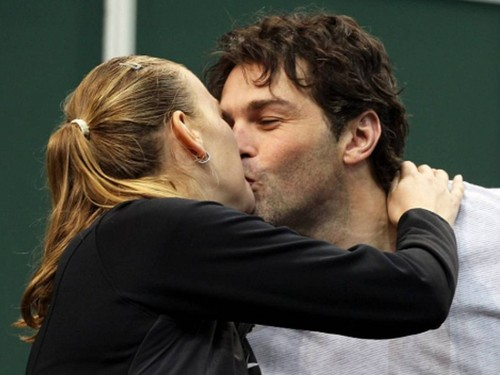 Kvitova KISS with Jagr !
