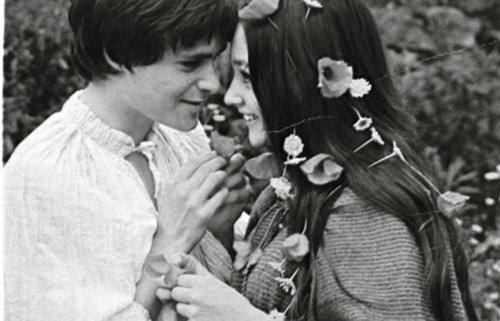 Leonard Whiting (Romeo) & Olivia Hussey (Juliet)