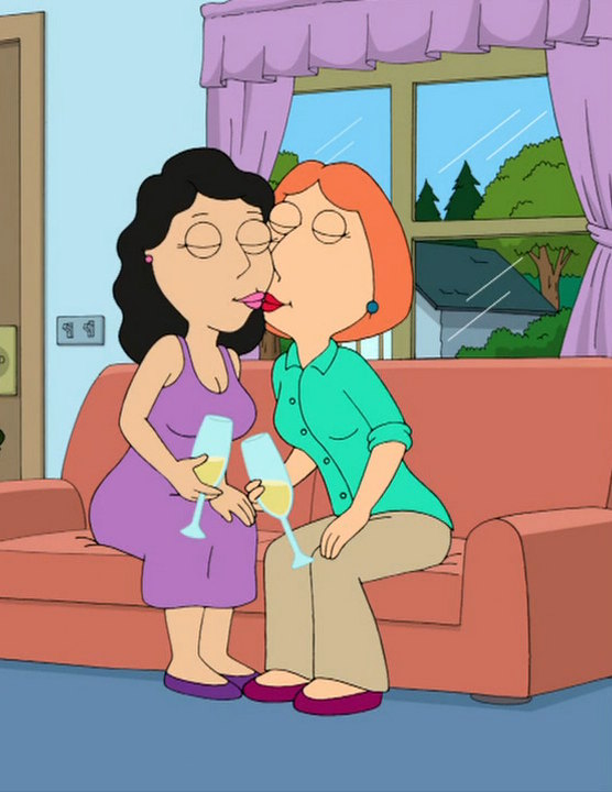 Lois and Bonnie Kiss 2