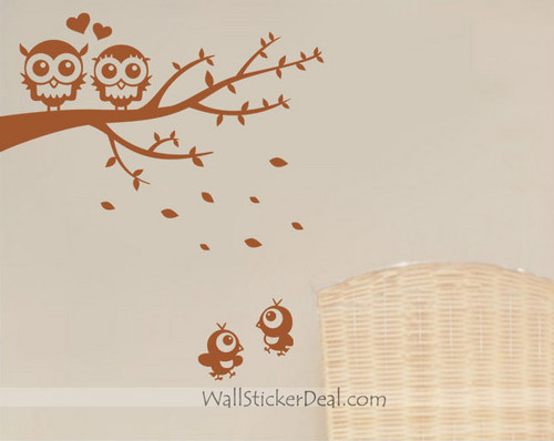 Lovely Owls Couple On Branches With Baby ukuta Decals