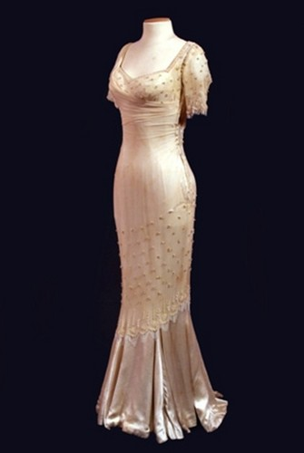 Marilyn Monroe's 'The Prince and the showgirl' costumes