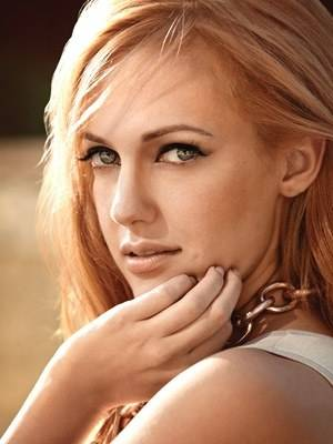 http://images6.fanpop.com/image/photos/32600000/Meryem-Uzerli-turkish-actors-and-actresses-32682984-300-400.jpg