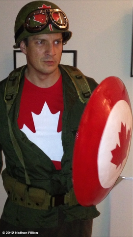 Nathan Fillion´s 할로윈 Costume