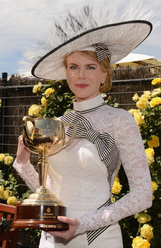 Nicole - My Fair Lady of Derby दिन