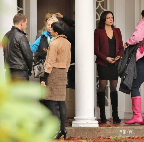 Once Upon A Time - Season 2 - October 30th, 2012 set 照片