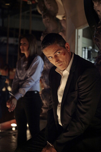 Person of Interest 2.05 - Bury the Lede