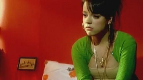 Smile [Music Video] - Lily Allen Photo (32655470) - Fanpop Lily Allen Smile