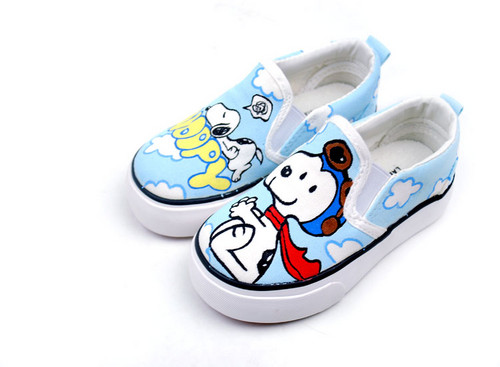 Snoopy cute canvas shoes