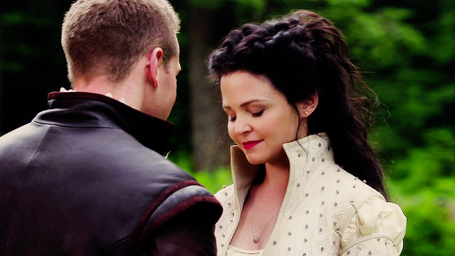 Snow White & Charming wallpaper titled Snow & Charming