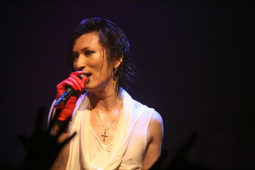 Sono (Matenrou Opera) वॉलपेपर containing a संगीत कार्यक्रम called Sono LIVE