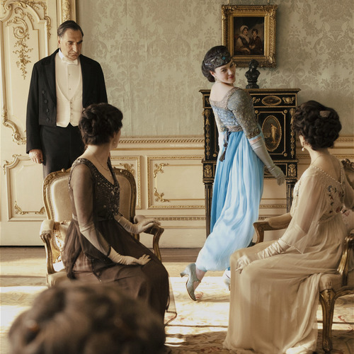 Downton Abbey fondo de pantalla titled Sybil Crawley
