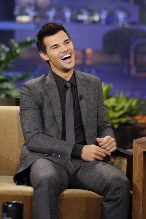 Taylor Lautner on gaio, jay Leno Oct.31,2012
