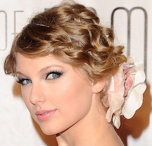 Taylor Swift Makeup Looks Makeup Photo 32682705 Fanpop