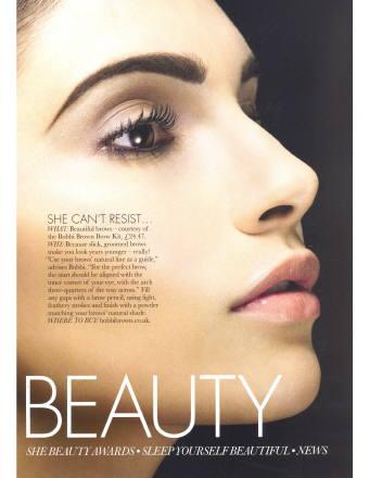Teresa Moore in a Magazine लेख