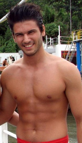 Turkish Actors and Actresses wallpaper with a hunk and a six pack called Tolgahan Sayisman shirtless
