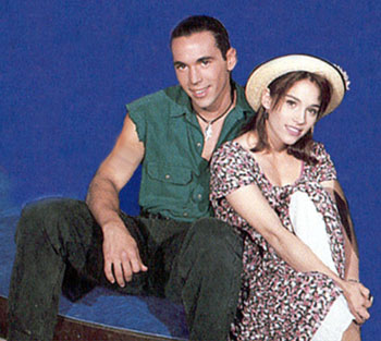 The Power Rangers wallpaper containing a boater and a fedora called Tommy Oliver and Kimberly Hart.