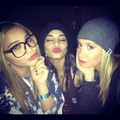 Vanessa, Ashley & Stella - vanessa-hudgens photo